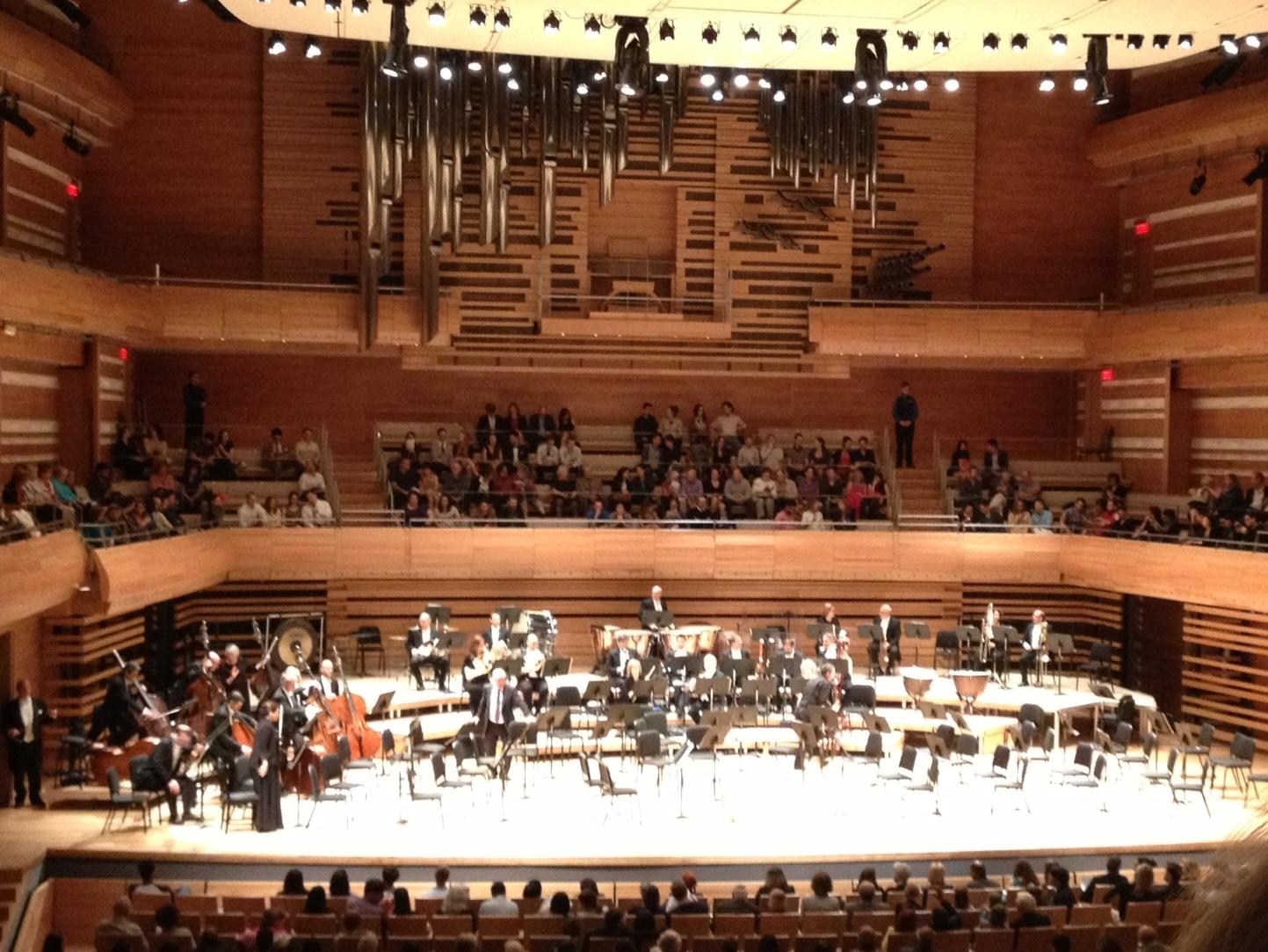 May_22_-_Montreal_Symphony_hall_and_organ.JPG